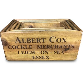 Wooden Box with hole L